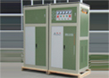 Estabilizador de voltagem trifásico com compensação automática de voltagem